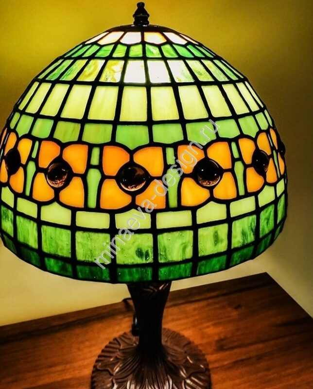 Tiffany table lamps - L73